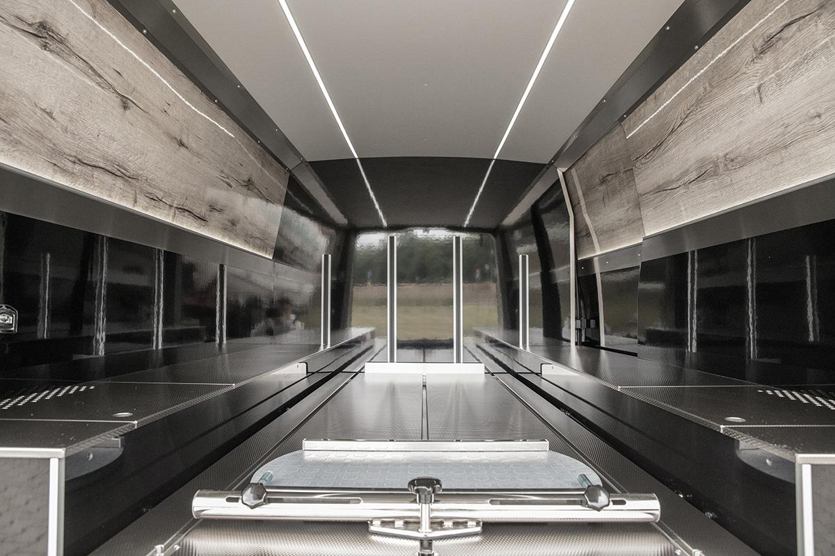 Mercedes Vito 114CDI 2018 zabudowa TYP A winyl